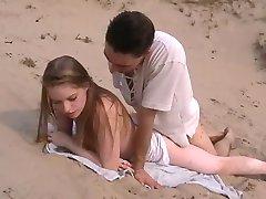 Amateur anal sexo en la playa