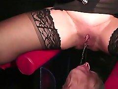 :- ФЕМДОМ веселые дни с моим рабом-: ukmike видео