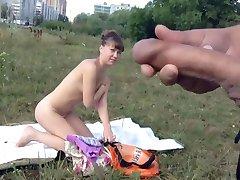 Dickflash - Cum pred golih punca (720P različica)