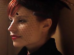 Holliday Grainger, Zoe Tapper - Demonit s1e04