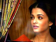Indische Schauspielerin hot hot