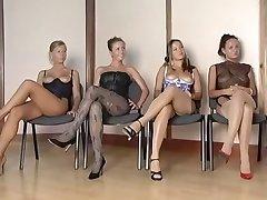 Spansk Kvinnelige Kroppen Inspector
