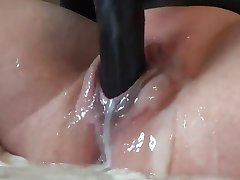 Hot Creamy Pussy & Squirt.