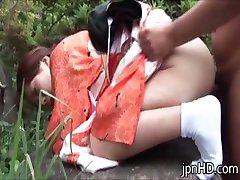 日本小姐和服撒尿后part2