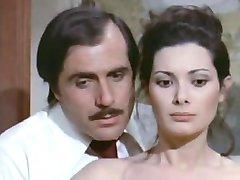 Edwige Fenech - La signora gioca bene um scopa (1974)