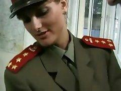 KGB Militare Ragazza Scopa Reclutare ...F70