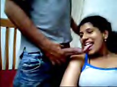 Desi par älskar blinkar på webbkamera