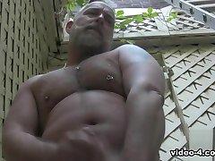 Brent-Häkki -- Solo Video - BearFilms