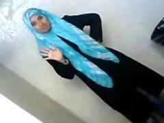 Árabe Sexy Estudante universitário Revela os Seus Bens A BF