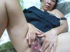 Filippinsk bestemor 58 meg jævla dum på cam. (Manila)1