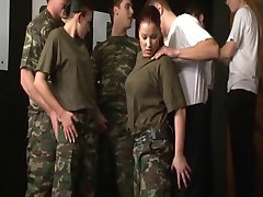 Armeijassa Nyt