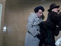 Barbara Bouchet i 40 GRADI ALLE'OMBRA DEL LENZUOLO 1976