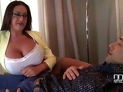 Milfs巨乳を究極の治療