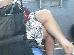Spy Seksi Mature na vlak