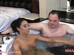Gudinnan Tangent Topless Under Vattnet Headscissors