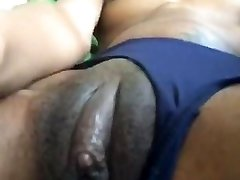EBONY GF PLAYING WITH HER FAT CLIT