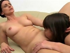 FemaleAgent - MILF agenter utrolige orgasmer