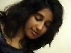 印度女孩按摩
