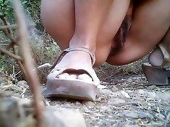 Girls Peeing voyeur video 169