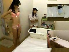 Rubdown hidden camera filmed a slut giving handjob