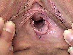 Teen Melina twat close up