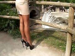 LGH - Tamia mit Nylons und High Stilettos Pumps im