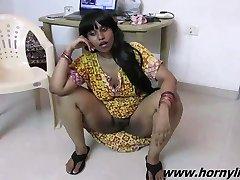 Sexiga Intervju Med Indiska Babe Lily