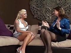 Выдающиеся зрелые Лесби & сцена мамаша ХХХ