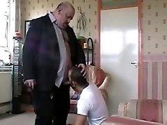 б.с. б.г женат медведь с волосатыми мужчинами