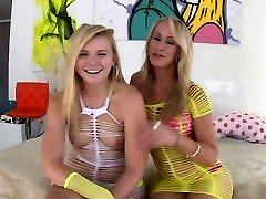 Cougar cumswaps with teen