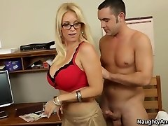 Oral sex lesson with my hot blond tutor