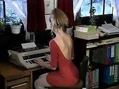 Debbie, red-hot office fuck