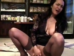 Real ginormous boobs Milf Renata with funny toy