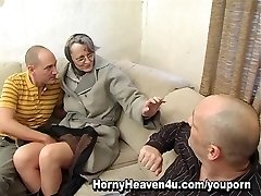Grannie Loves It Anal