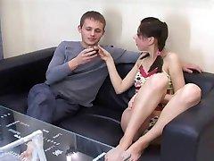 Sıska Julia porno deneyin