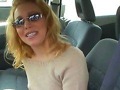 ליב Wylver במכונית שלה פוגש את מר מרכוס