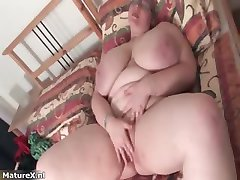 Fat busty mature woman with glasses part3