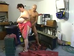 Großen Titten und Bauch