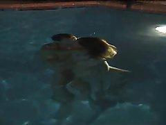 水下做爱!