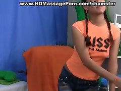 Подросток ебать массаж с горячими шприц