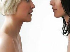Lezbiyen öpüşme