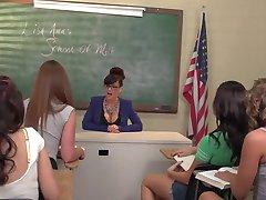 Lesbisk Orgie Med Läraren