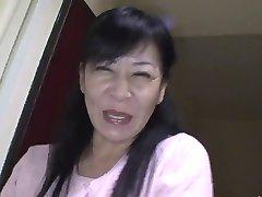 49yr old Granny Maki Shikano gets Creamed (Uncensored)