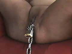 Slave putavulgar in orgasm III Chain stuff