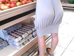 裤子陷入市场