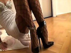 7.5 Inch High Heels - Netzstrumpfhose - Minikleid 2
