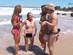Lustige Bericht über Brasilianische FKK-Strand