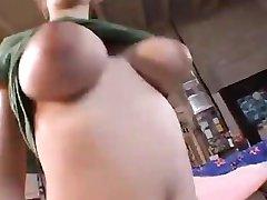 Big boobs und Nippel