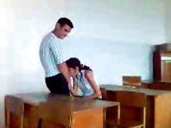 turkisk flicka stutend oralsex