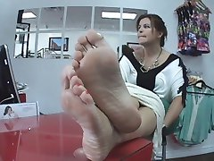 Latina milf feet